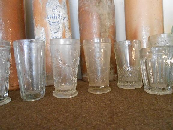 Flacons et bouteilles. Dscn0612