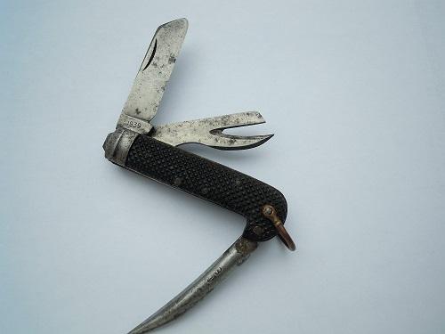 """Les """"jack knives"""", couteaux pliants du Tommy - Page 2 Dscn8811"""