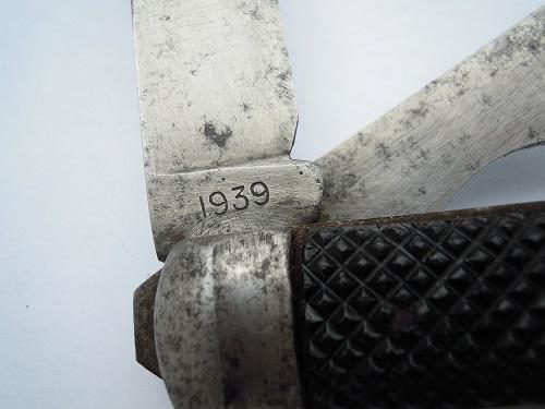 """Les """"jack knives"""", couteaux pliants du Tommy - Page 2 Dscn8813"""