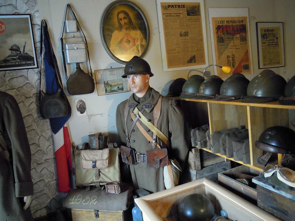 La partie française de mon petit sanctuaire Dscn9518