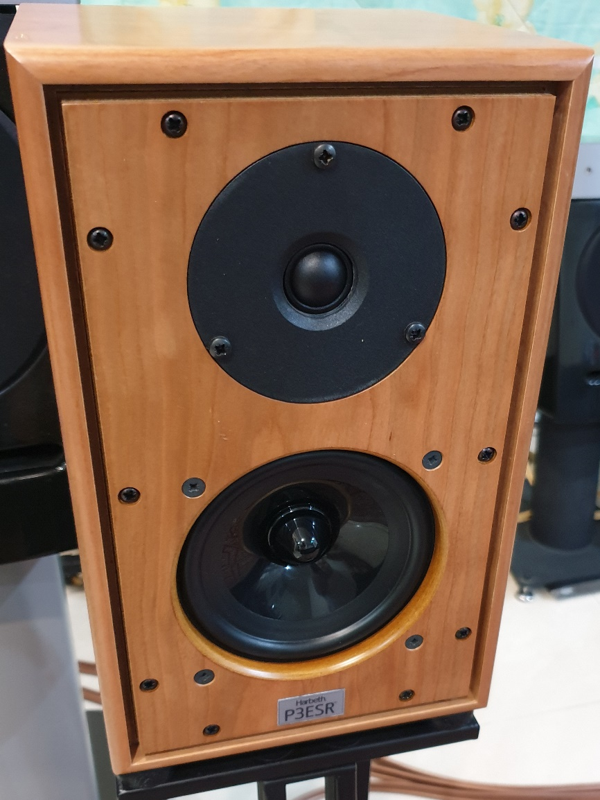 Harbeth P3ESR with soft dome tweeters Assemb10
