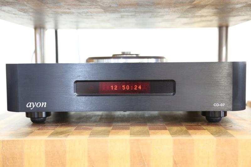 Ayon CD-07 tube CD player Front12