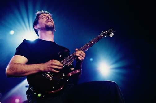 John Petrucci Petruc10