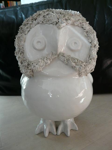 Wise old bird -  Marie Henriette Bataille (Dour) owl figurine P1030013