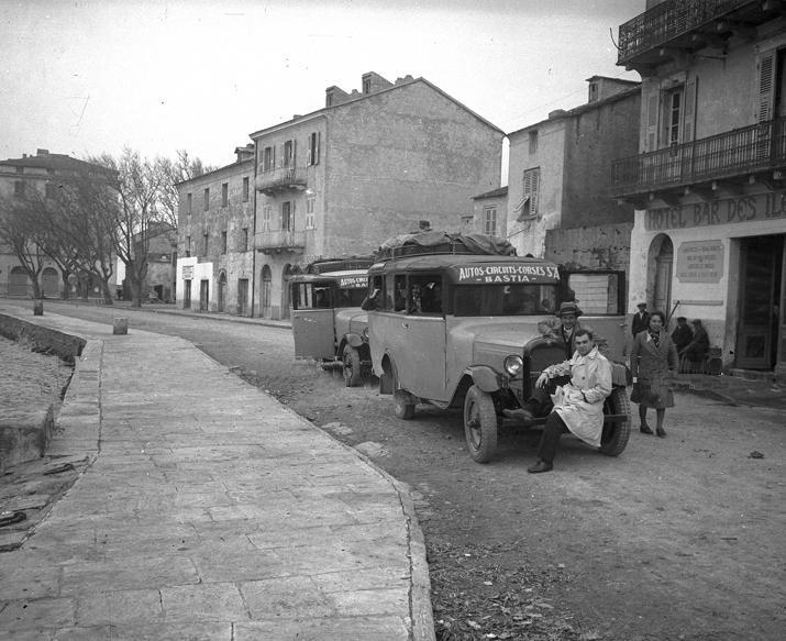 Photos d'autobus et autocars Citroën - Page 24 3010