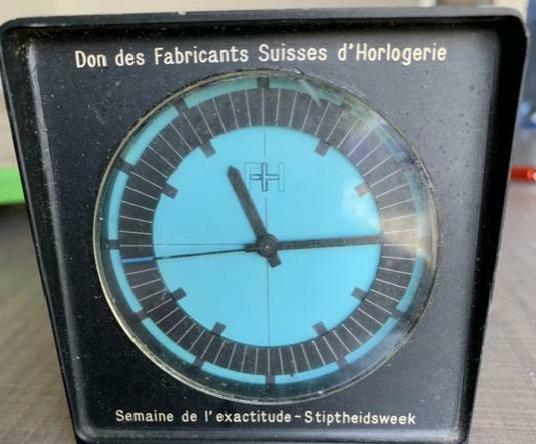 ZENITH -  [Postez ICI les demandes d'IDENTIFICATION et RENSEIGNEMENTS de vos montres] - Page 16 Exact10