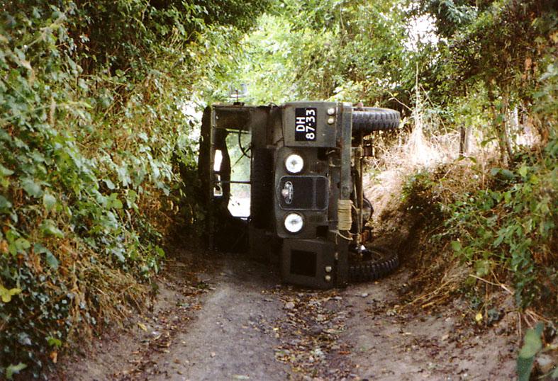 Land-Rover Minerv10