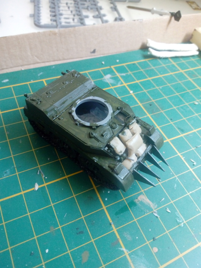 M5A1 - Mirage Hobby --1/72 01-05-10