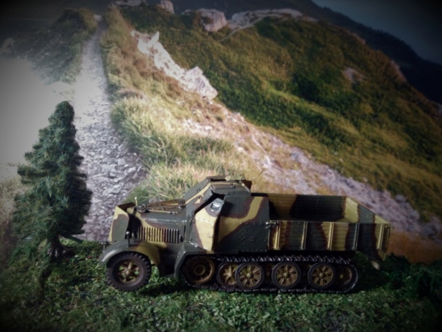 Sd.Kfz. 7/2 Flak 37 -- Revell -- 1/72 04-02-11