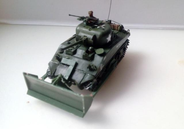 M4A2 Sherman with M1 dozer blade -- UM --  1/72  05-09-10