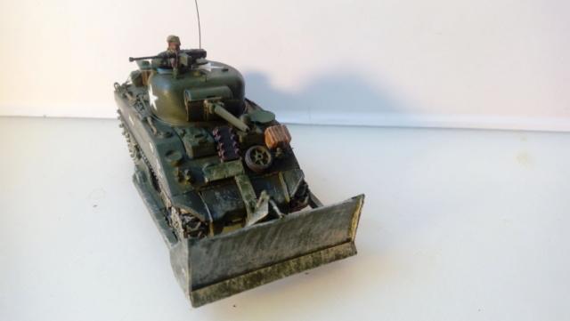 M4A2 Sherman with M1 dozer blade -- UM --  1/72  06-09-10