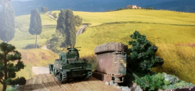 ITALIE  1944 - Tigre & Sherman  au 1/72ème 07-09-15