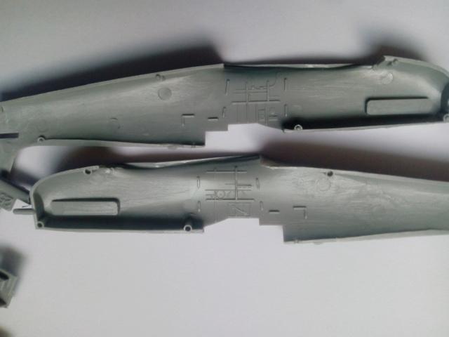 SPITFIRE MK V --  Revell -- 1:72 29-12-18