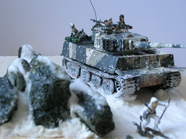 Why not  :  SdkfZ 182 Tigre 1 auf M -  Trumpeter 1/72 Fini_012