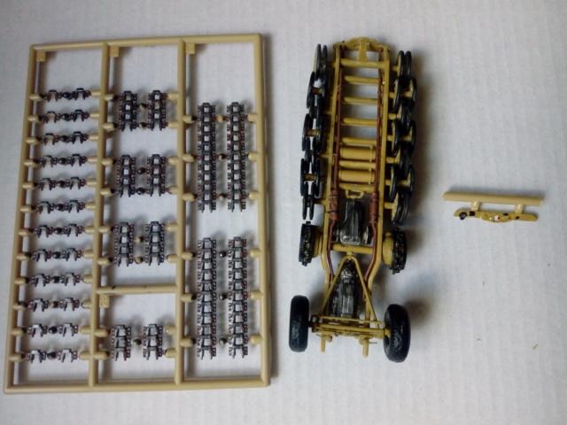 SdkfZ 9  Famo --  Revell --  1/72 Img_2111