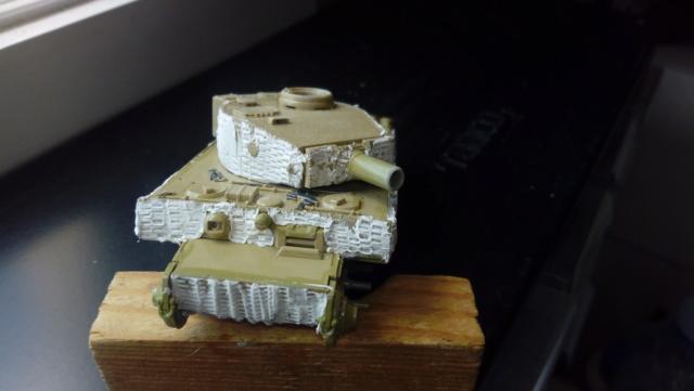 PzKpFw VI  Tigre  -- Revell --1/72 Img_2165