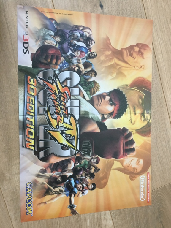 Publicités Nintendo, posters, pad 8BitDo SFC30 - POP Megaman, Star Wars... Img_7218