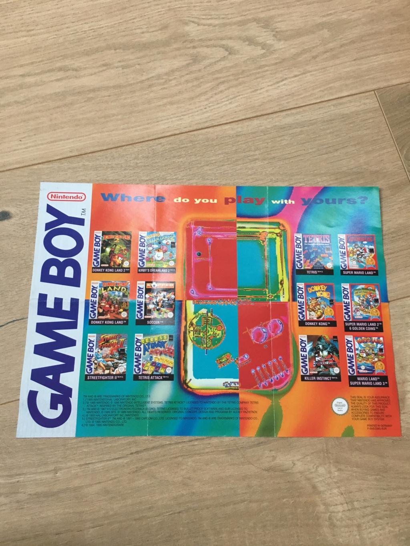 Publicités Nintendo, posters, pad 8BitDo SFC30 - POP Megaman, Star Wars... Img_7224