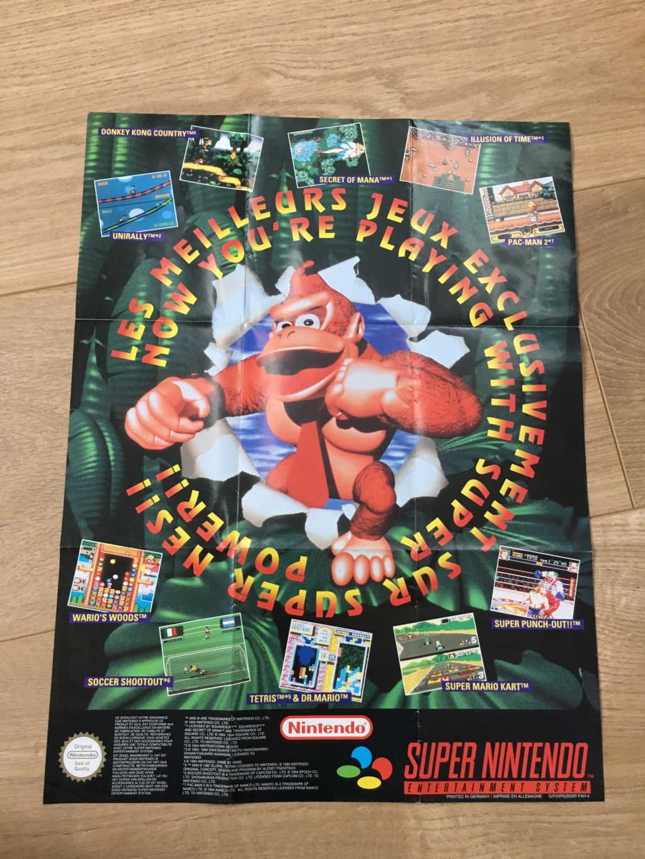 Publicités Nintendo, posters, pad 8BitDo SFC30 - POP Megaman, Star Wars... Img_7228