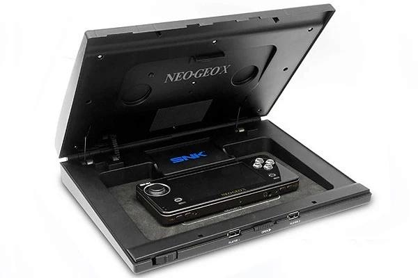 Quelle console portable a le meilleur DESIGN ? Neogeo10
