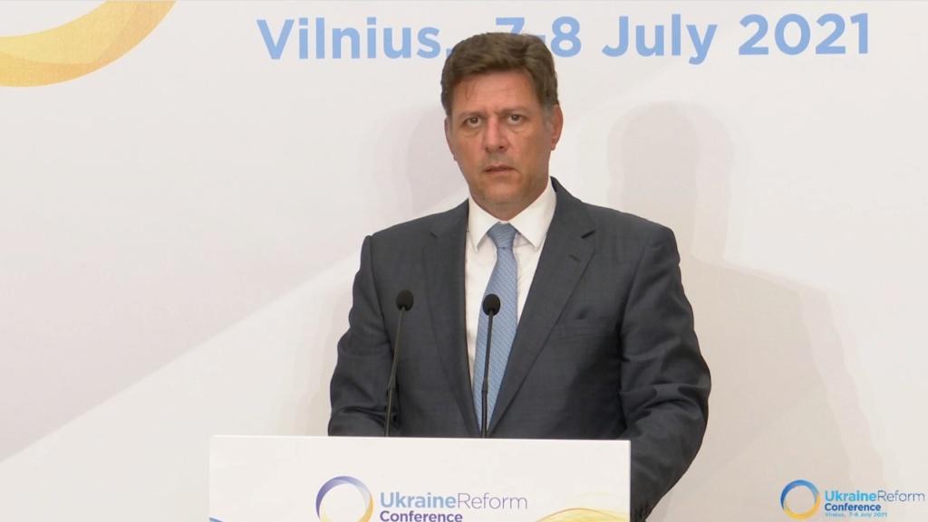 ΔΤ - Σημεία παρέμβασης του Αναπληρωτή Υπουργού Εξωτερικών Μιλτιάδη Βαρβιτσιώτη στην 4η Διεθνή Διάσκεψη για την Ουκρανία - Συνομιλία με Τούρκο Υπουργό Εξωτερικών Μεβλούτ Τσαβούσογλου (Βίλνιους, 7 Ιουλίου 2021) - Φωτογραφίες και βίντεο Photo510