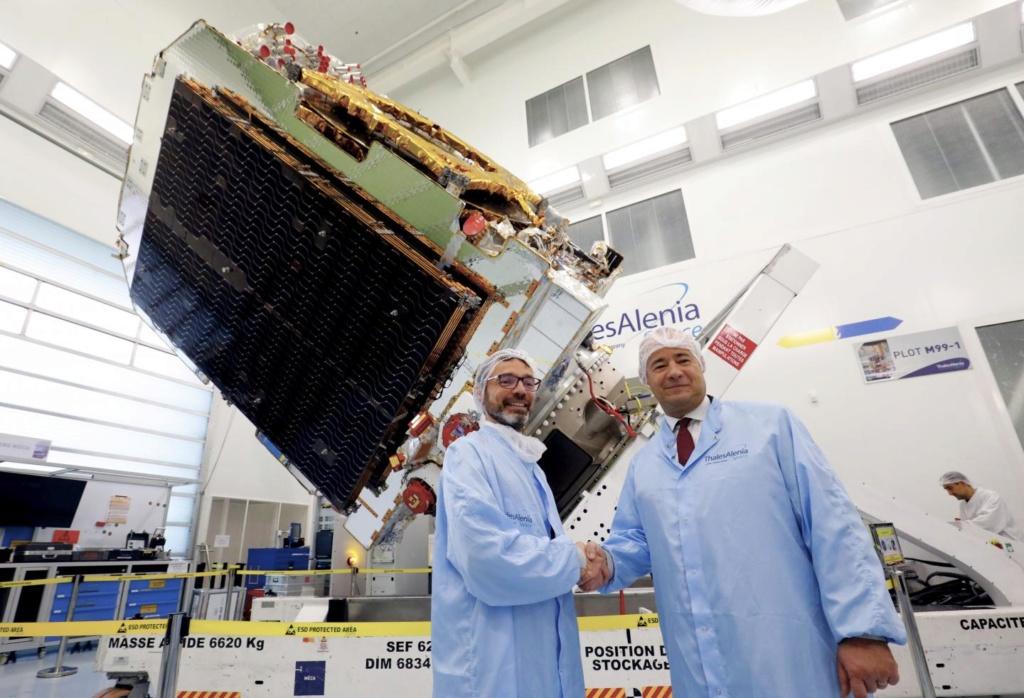 Ariane 5 VA251 (Eutelsat Konnect & GSAT 30) - 16.1.2020 11054