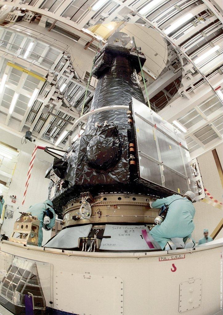 XMM Newton - Mission du télescope spatial 11098