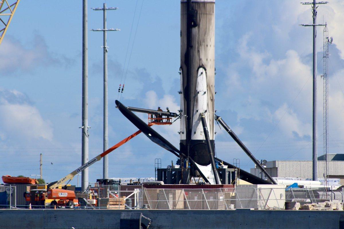 Falcon 9 block 5 (Telstar 18 Vantage) - 10.09.2018 - Page 3 1120