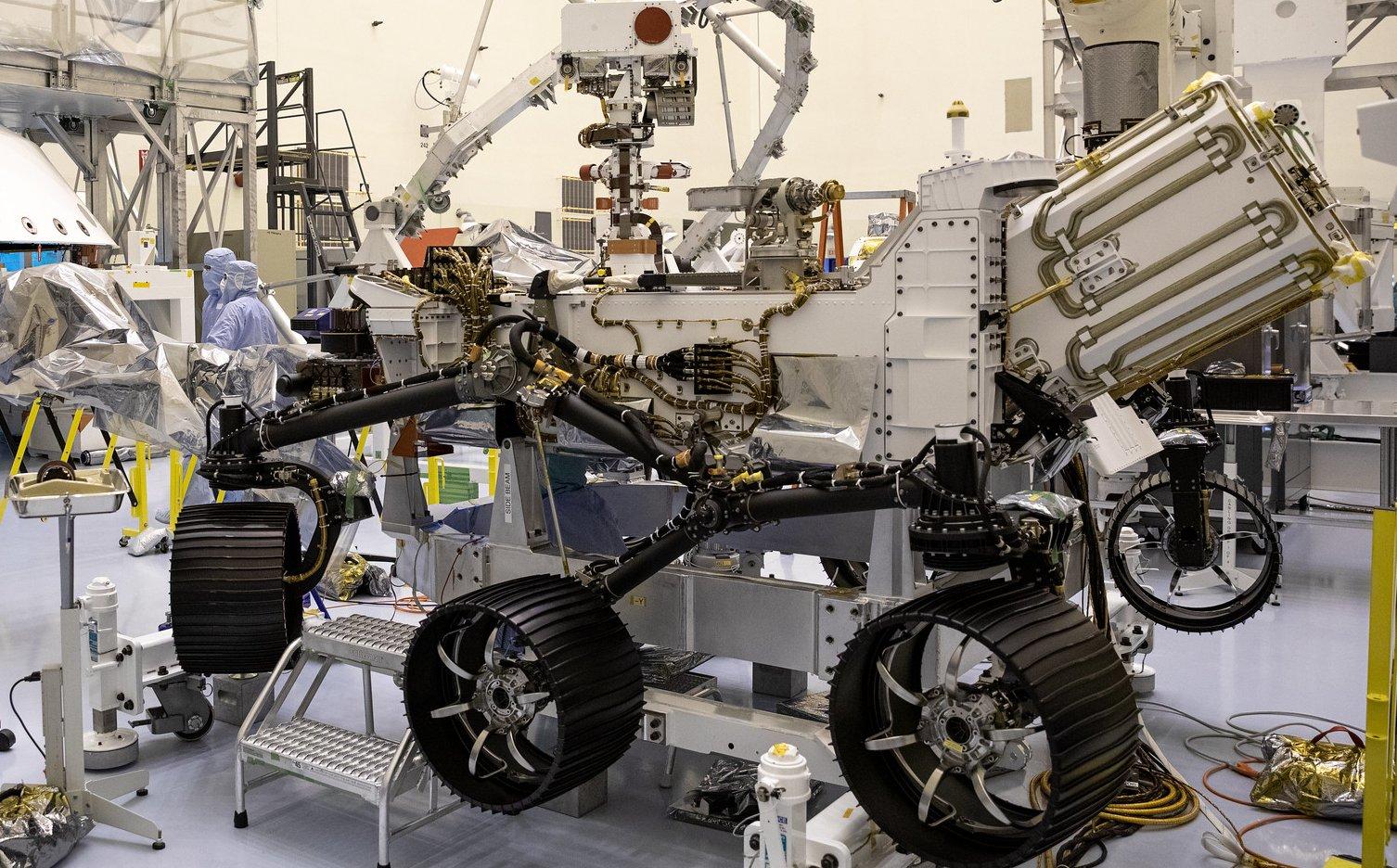 "Préparation du rover Mars 2020 ""Perseverance"" - Page 12 11299"