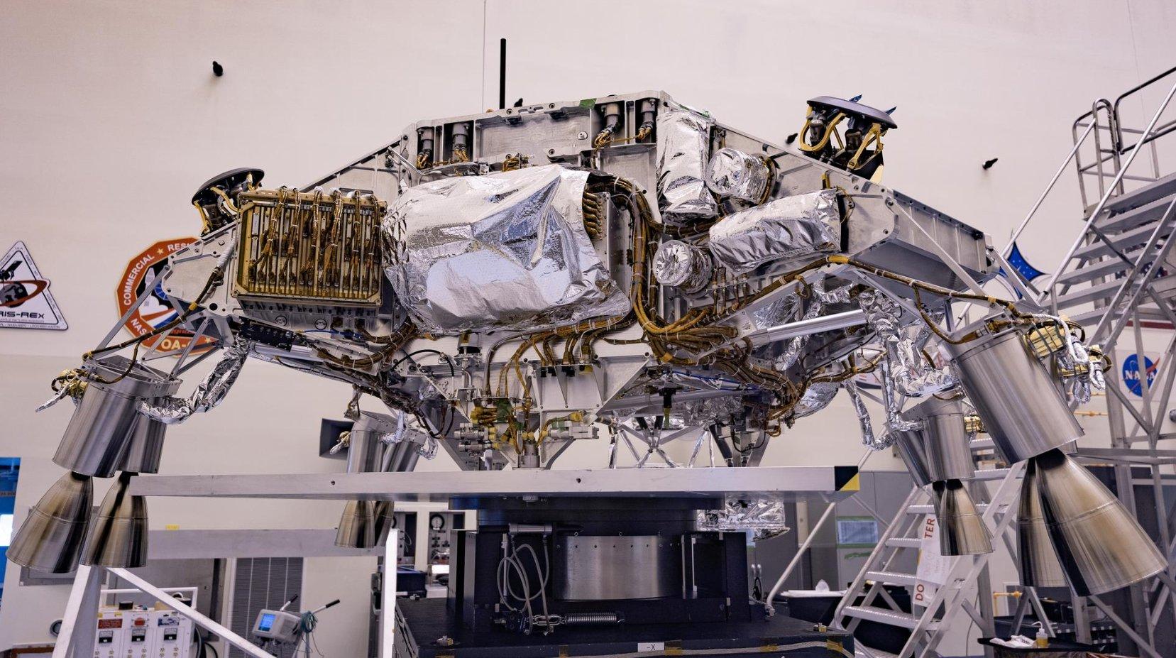 "Préparation du rover Mars 2020 ""Perseverance"" - Page 13 11423"