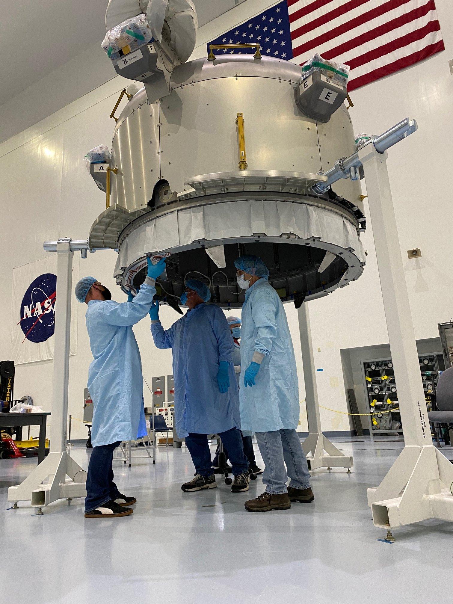 Nanoracks : installation du sas commercial Bishop sur l'ISS 11502