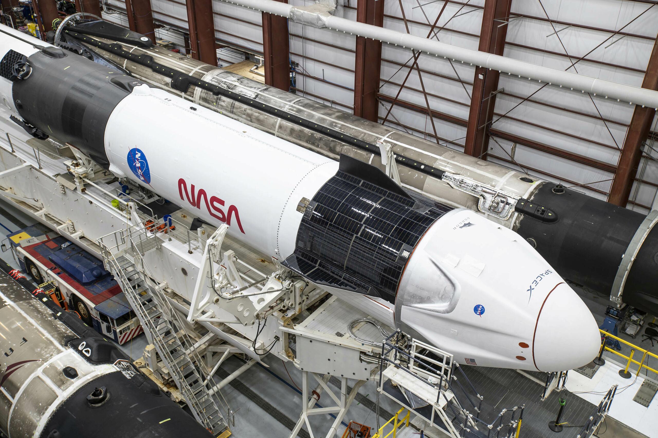 Falcon 9 (Crew Dragon USCV-1) - KSC - 16.11.2020 - Page 4 11555