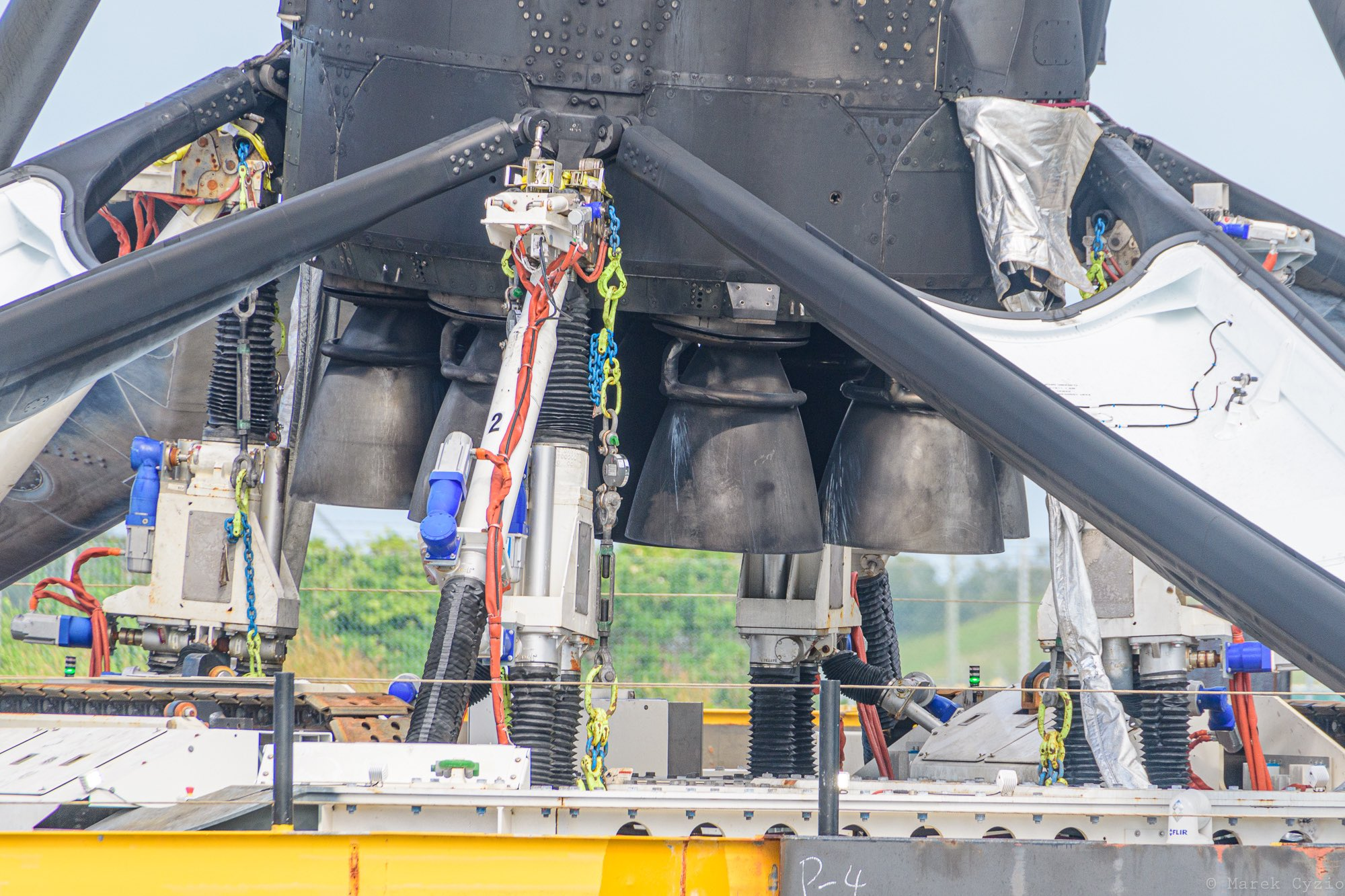 Falcon 9 (Crew Dragon USCV-1) - KSC - 16.11.2020 - Page 11 11592