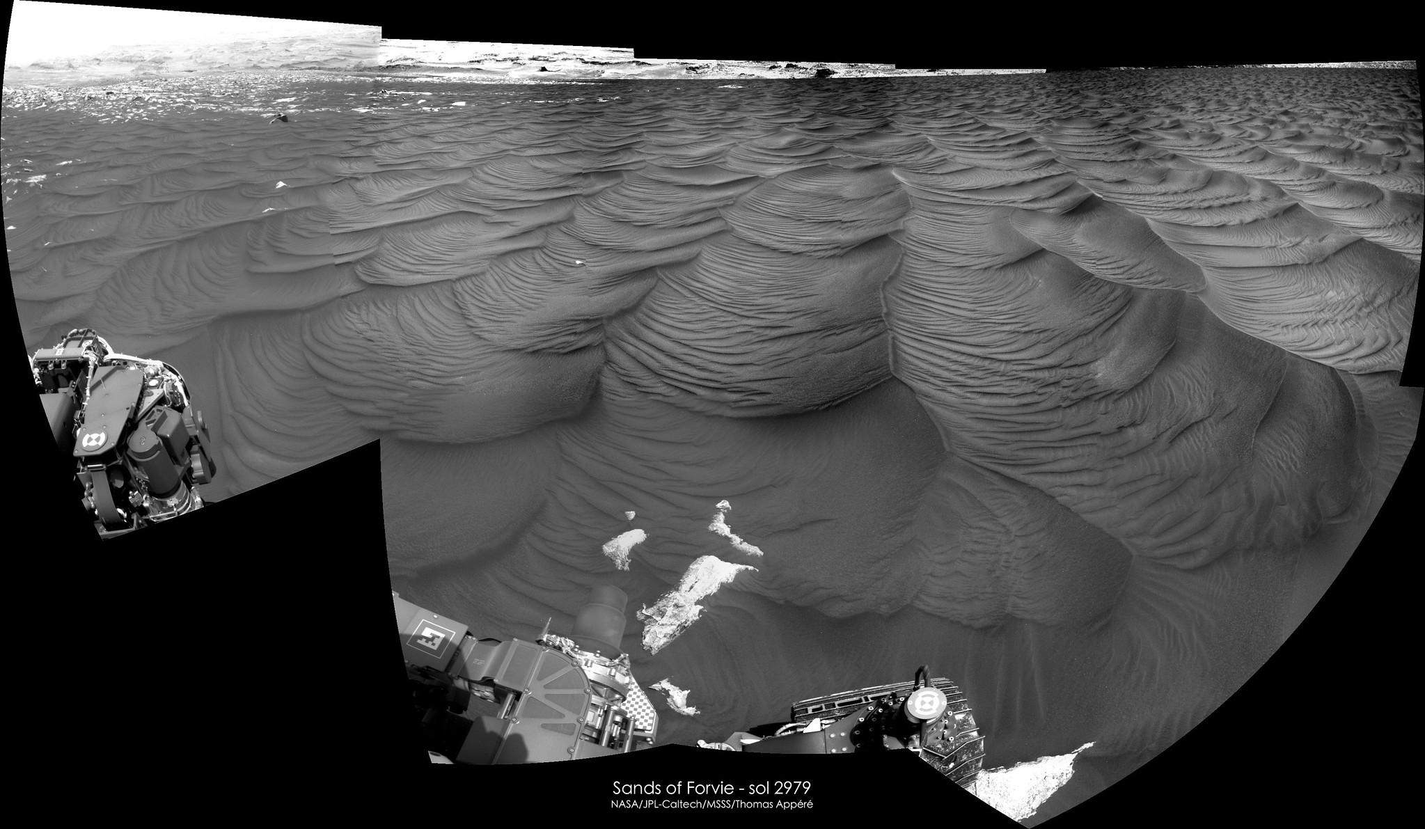 [Curiosity/MSL] L'exploration du cratère Gale (3/3) - Page 6 11685
