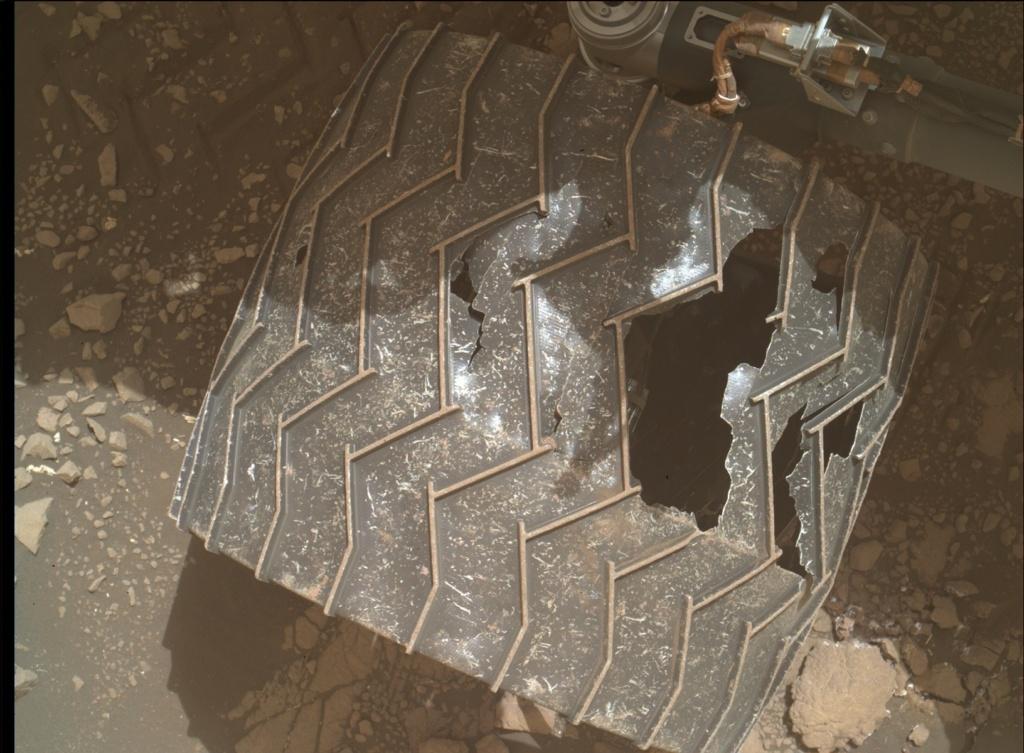 [Curiosity/MSL] L'exploration du cratère Gale (3/3) - Page 6 11719