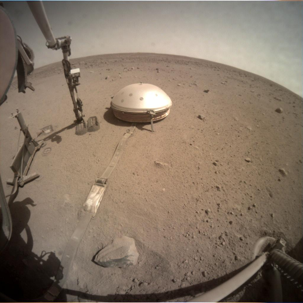 InSight - Mission d'exploration sur Mars - Page 26 11805