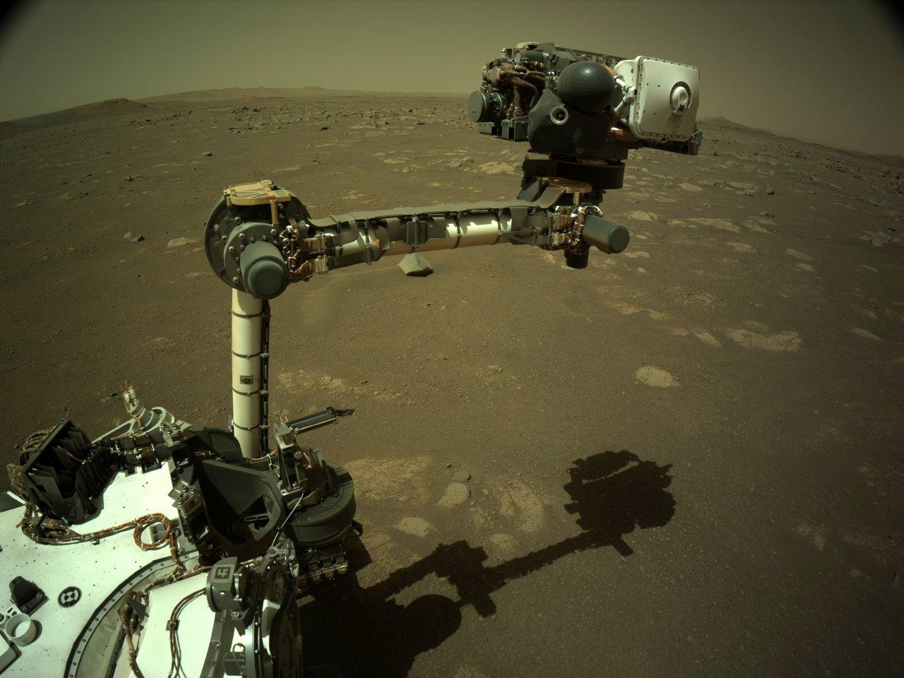 Mars 2020 (Perseverance - Ingenuity) : exploration du cratère Jezero - Page 5 11833