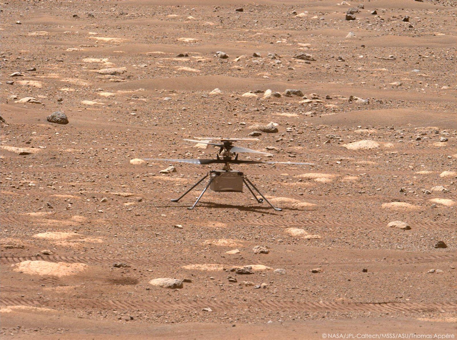 Mars 2020 (Perseverance) : exploration du cratère Jezero - Page 9 11897
