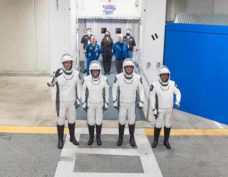 Falcon 9 (Crew Dragon USCV-2) - KSC - 23.4.2021 - Page 3 11913