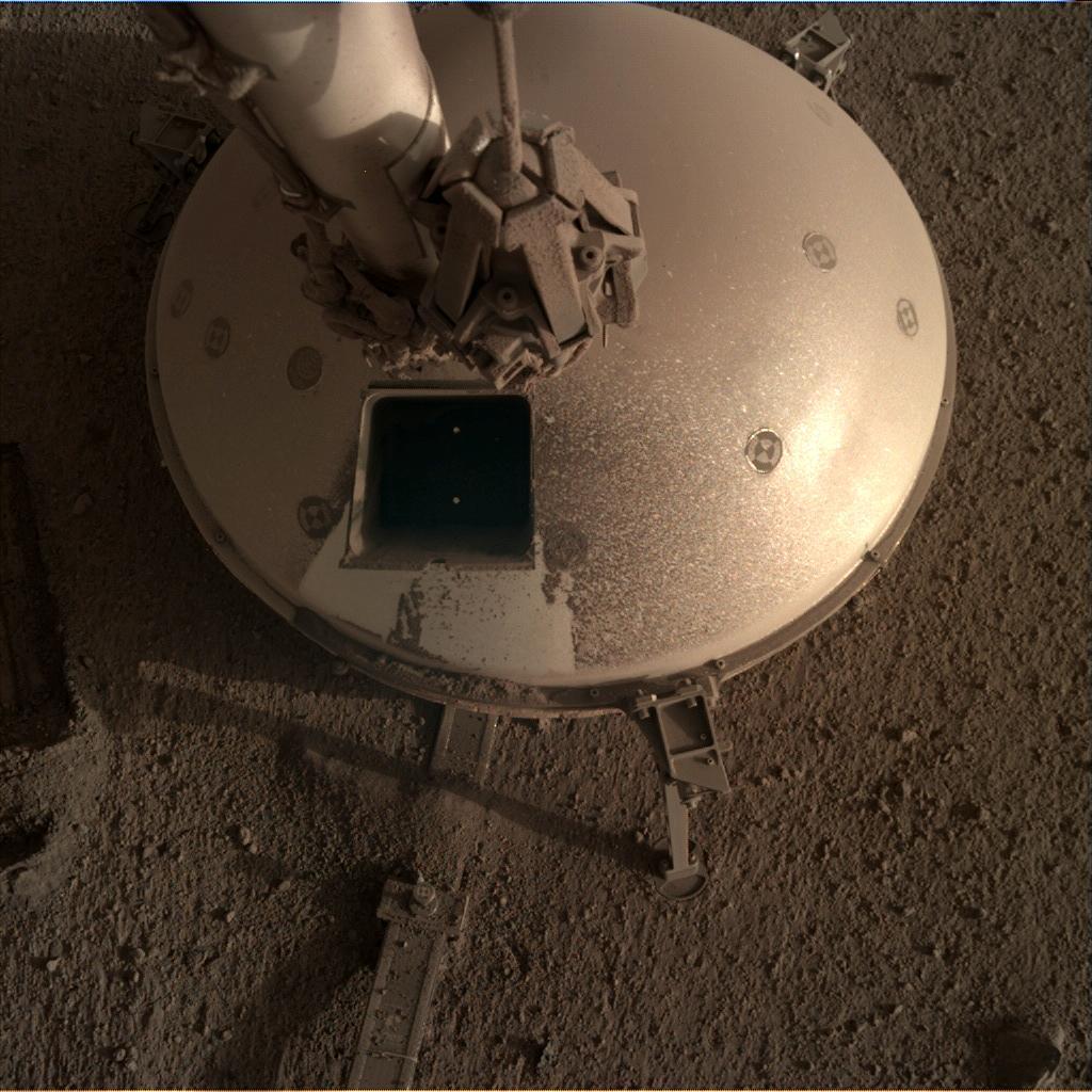 InSight - Mission d'exploration sur Mars - Page 27 11928