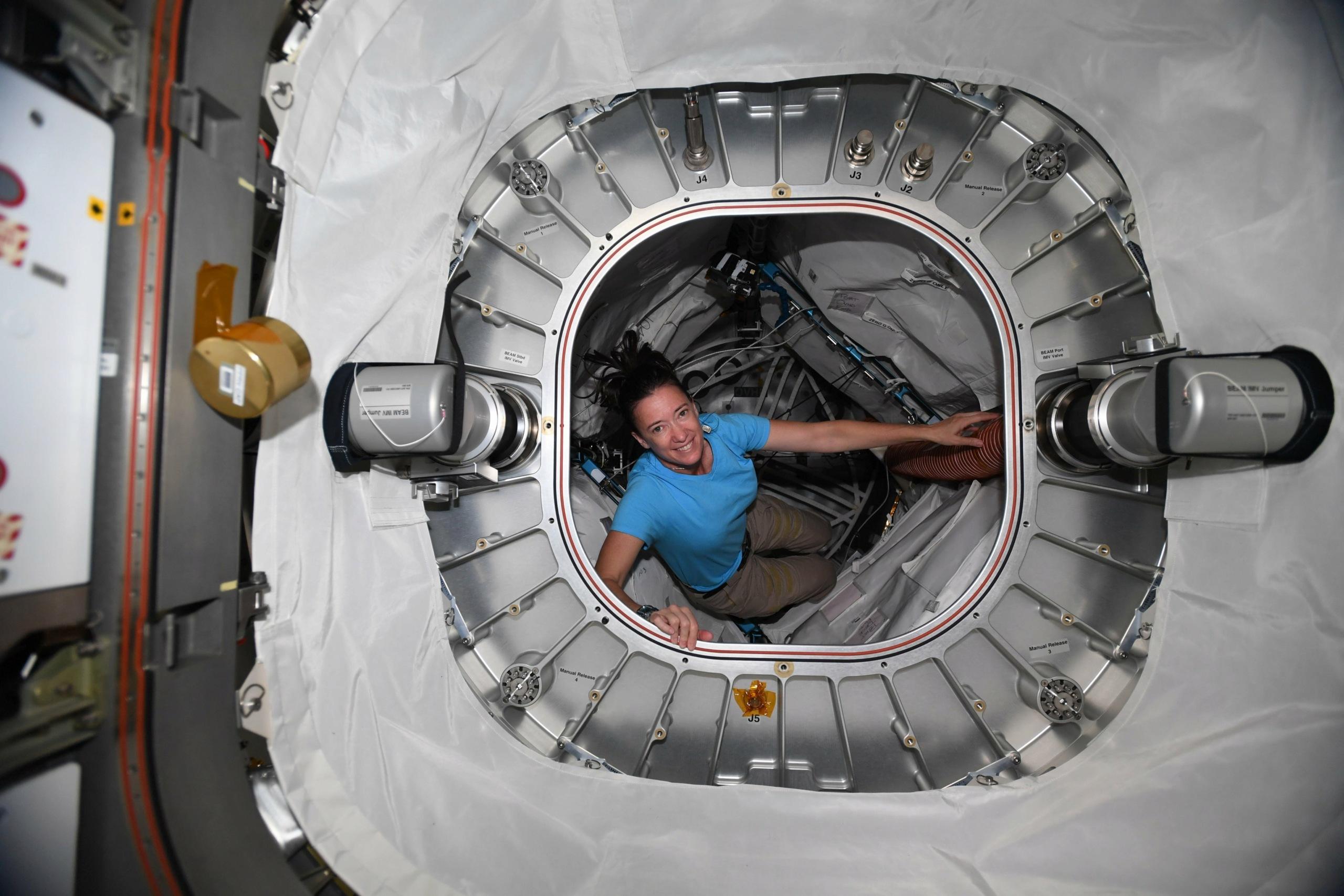 [ISS] Installation et suivi du module BEAM (Bigelow Expandable Activity Module)  - Page 10 11977