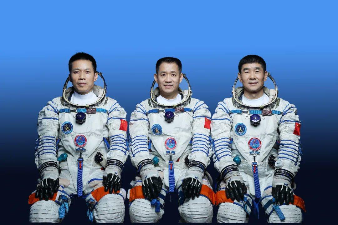 CZ-2F (Shenzhou-12) - JSLC - 17.6.2021 - Page 2 12015