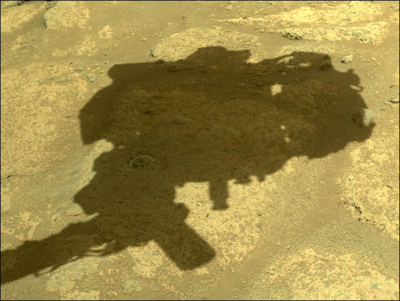 Mars 2020 (Perseverance - Ingenuity) : exploration du cratère Jezero - Page 19 12082