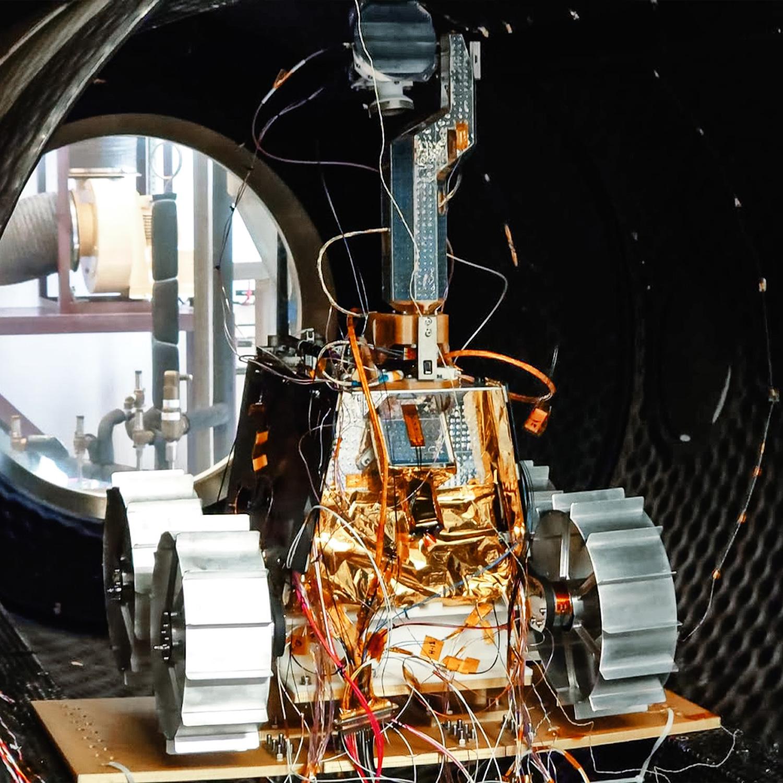 "[EAU] ""Rashid"", un rover lunaire en 2024 12136"