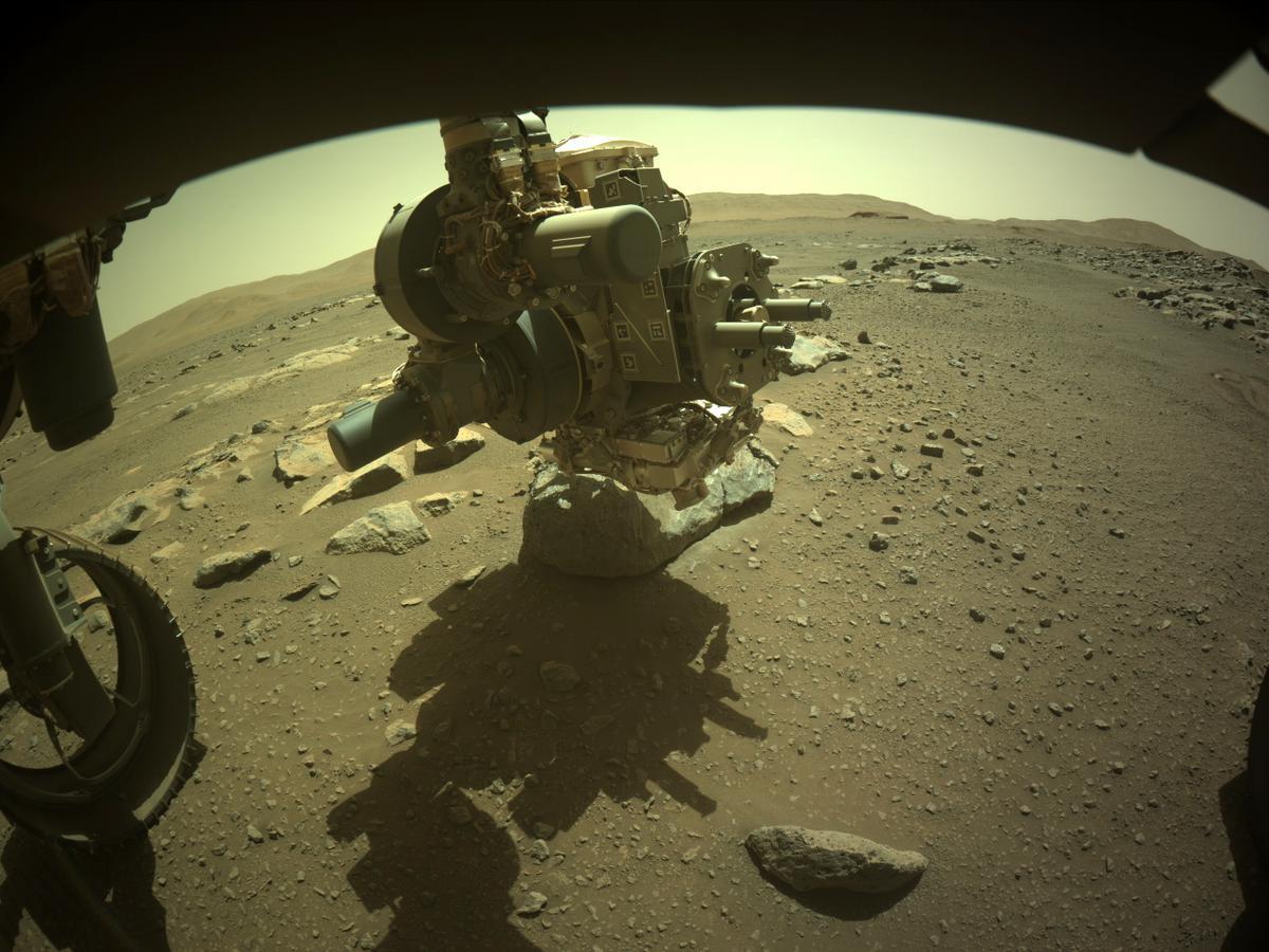 Mars 2020 (Perseverance - Ingenuity) : exploration du cratère Jezero - Page 21 12138