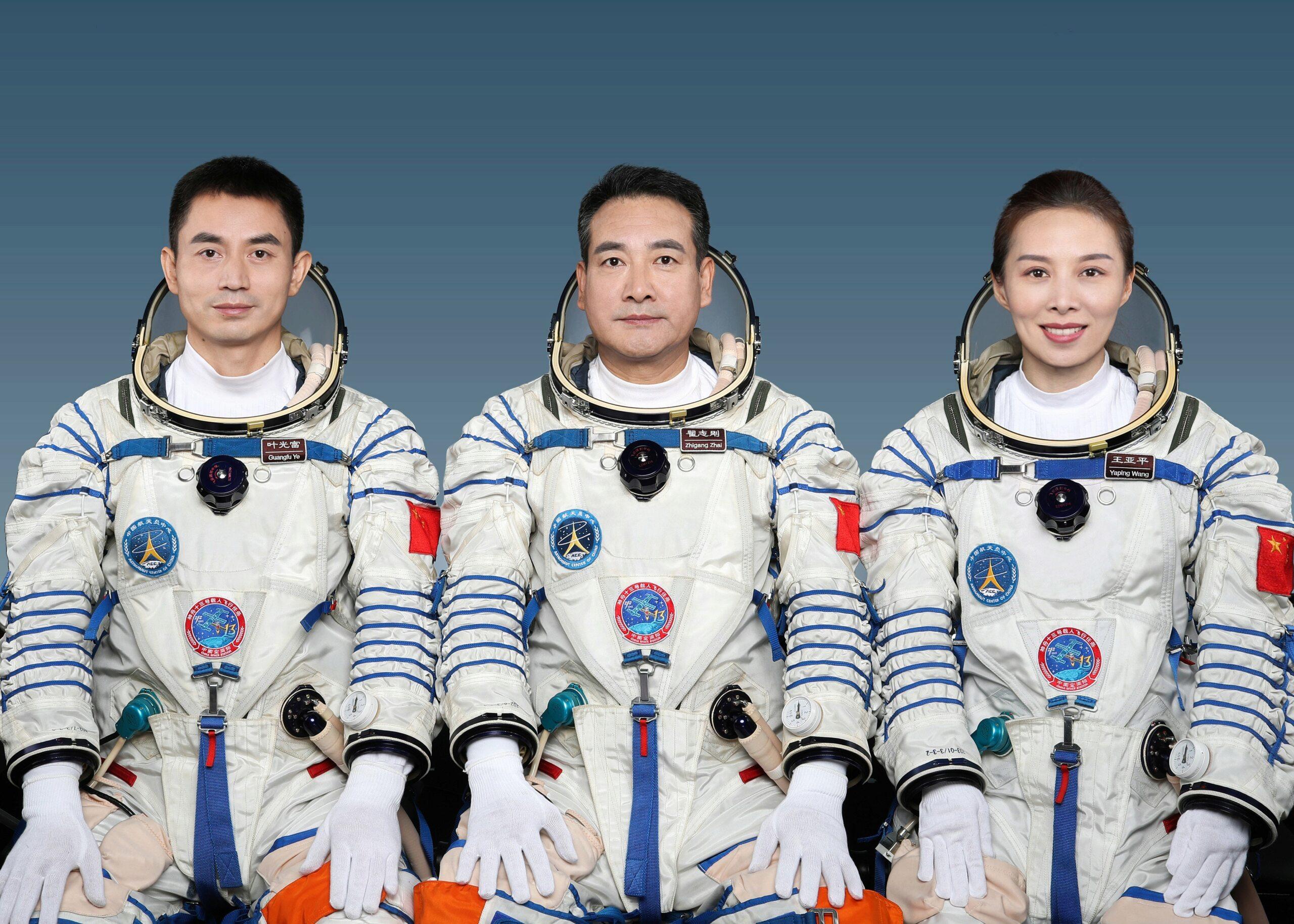 CZ-2F (Shenzhou-13) - JSLC - 15.10.2021 12184