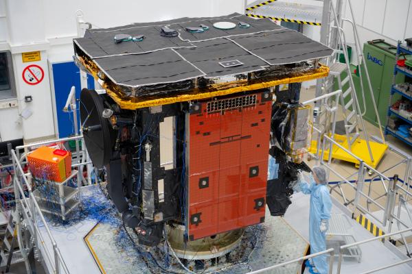Solar Orbiter - Satellite d'observation du Soleil - 2020 1537