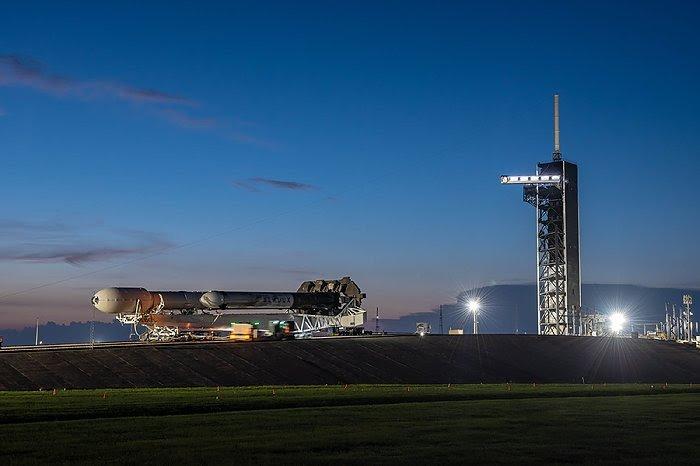 Falcon Heavy (STP-2) - KSC - 25.6.2019 - Page 3 1732