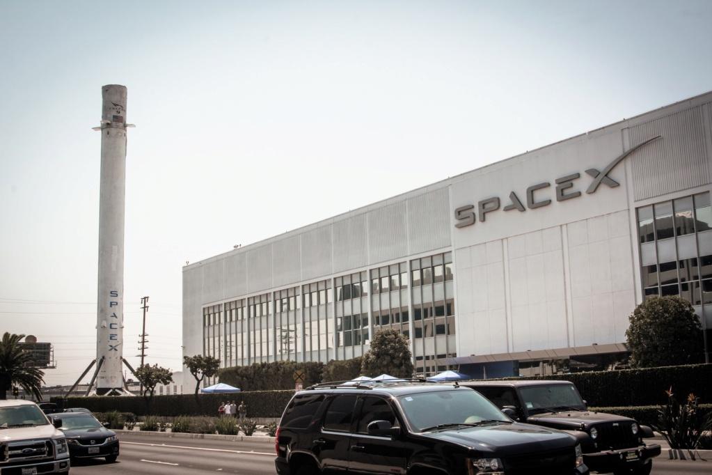 [SpaceX] Les 1ers étages de Falcon en exposition 1936