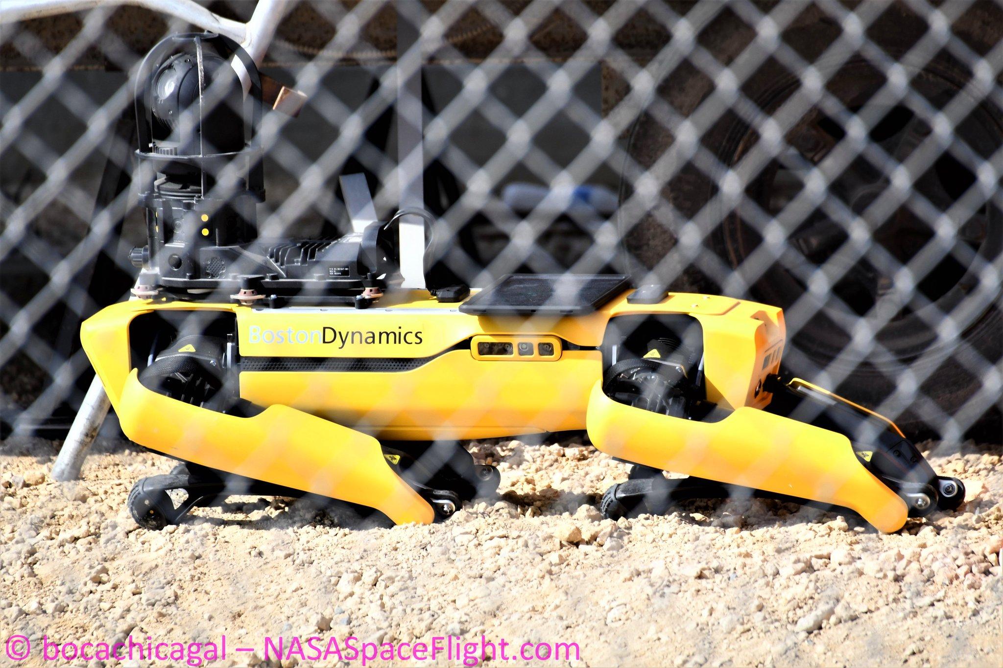 Spot, le nouveau robot de Boston Dynamics (et les autres) - Page 7 1_jfi107
